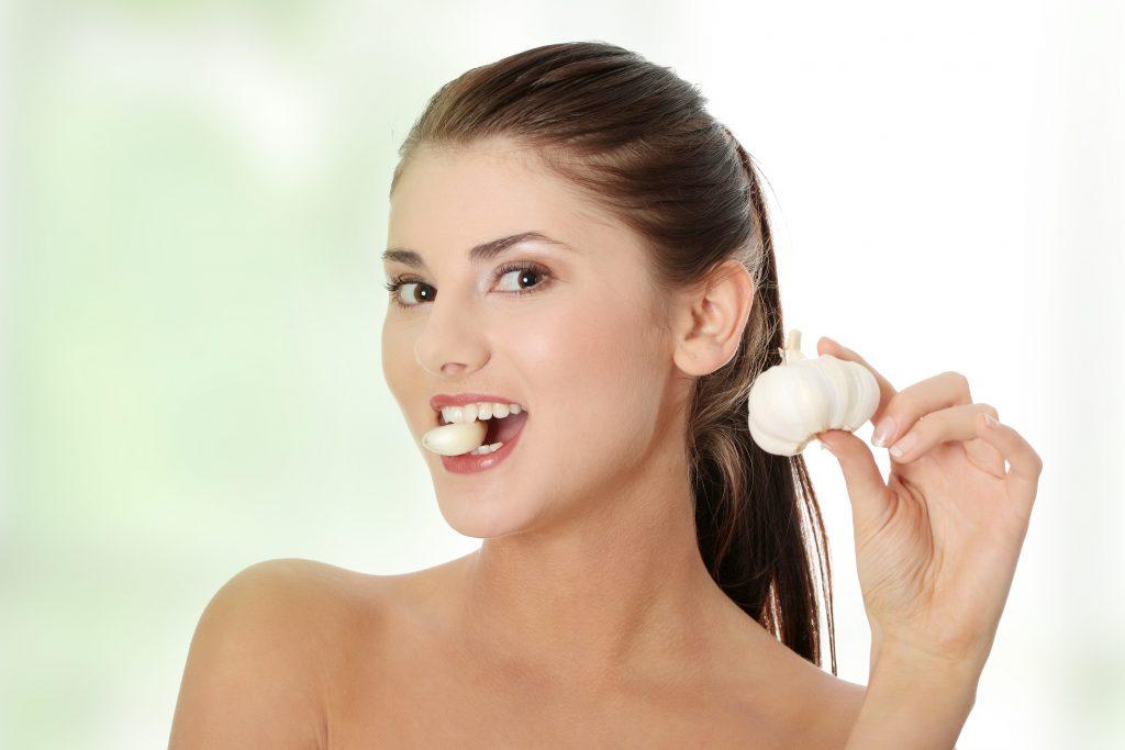 Польза и вред чеснока для здоровья организма мужчин и женщин