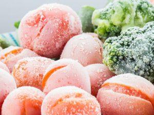 Правила заморозки помидоров в морозилке