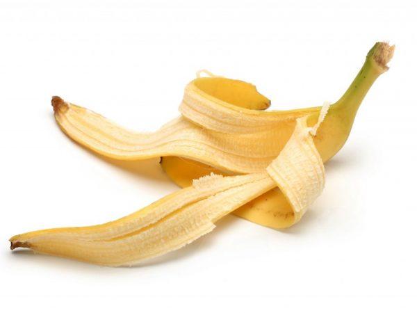 Из кожуры банана можно приготовить настой