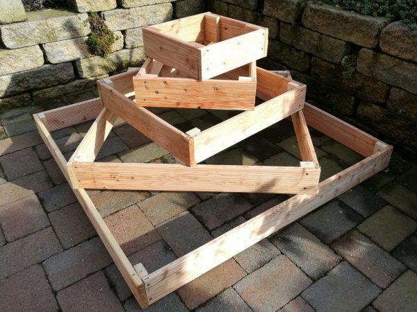 Конструкцию для коробов можно изготовить из досок