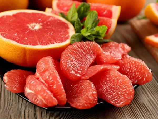 Сок грейпфрута сжигает жиры