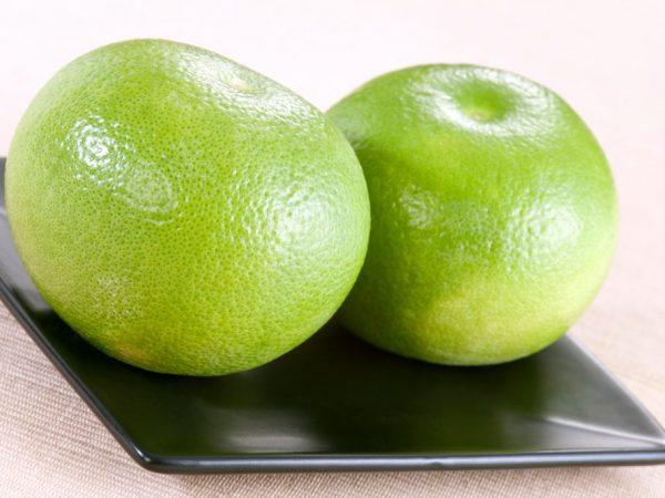 Фрукт способен расщеплять жиры