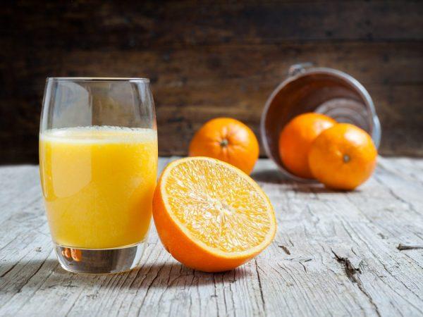 Сок апельсина используют для приготовления блюд