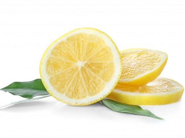 Лимон полезен при нехватке витаминов