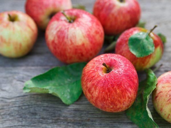 Полезные свойства яблок для мужчин