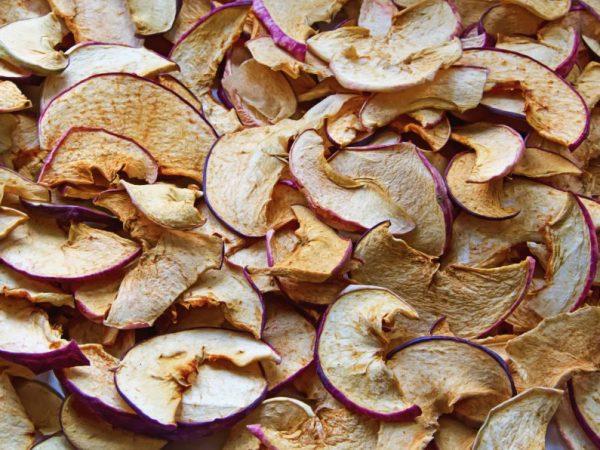 Сушеные яблоки становятся более калорийными