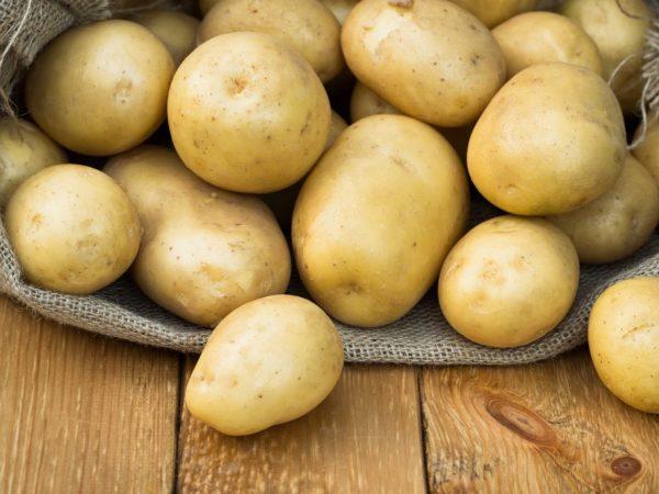 Погода очень повлияла на цену картофеля
